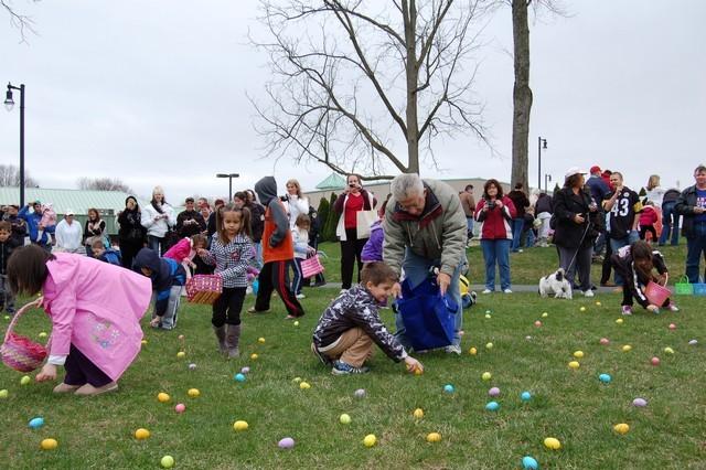 2010-Easter Egg Hunt 021