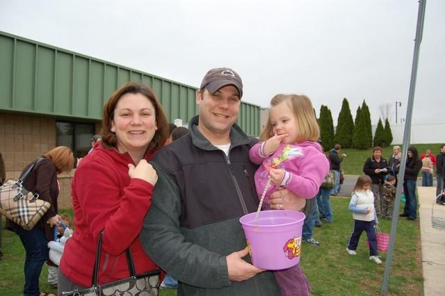 2010-Easter Egg Hunt 030