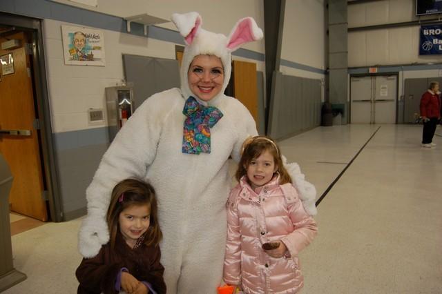 2010-Easter Egg Hunt 056