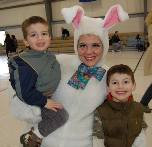 2010-Easter Egg Hunt 062
