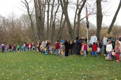 2010-Easter Egg Hunt 008