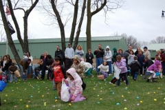 2010-Easter Egg Hunt 019