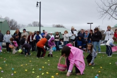 2010-Easter Egg Hunt 020