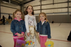 2010-Easter Egg Hunt 054