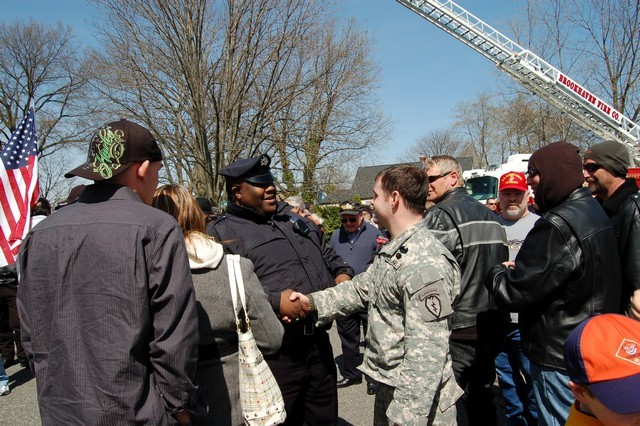 2010-Sports+Soldier Homecoming 031