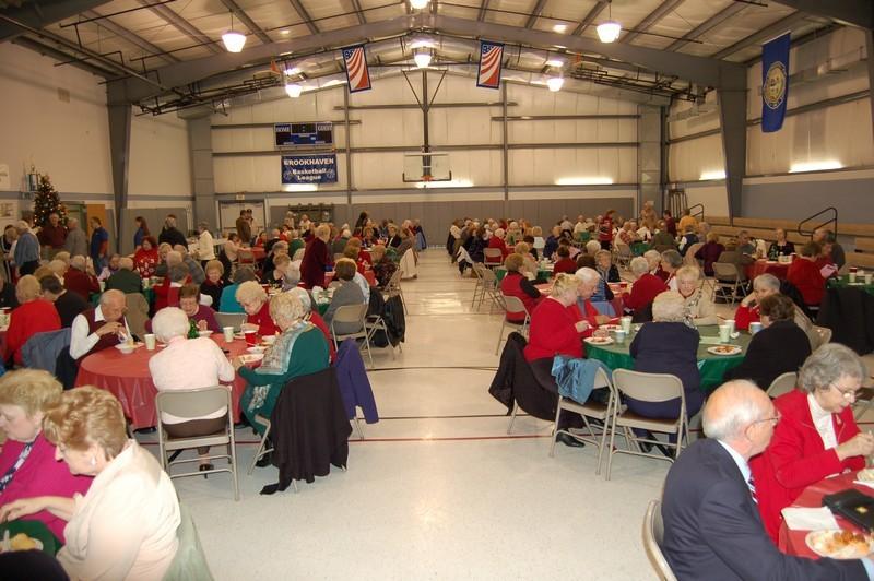 Senior Luncheon 2011 007