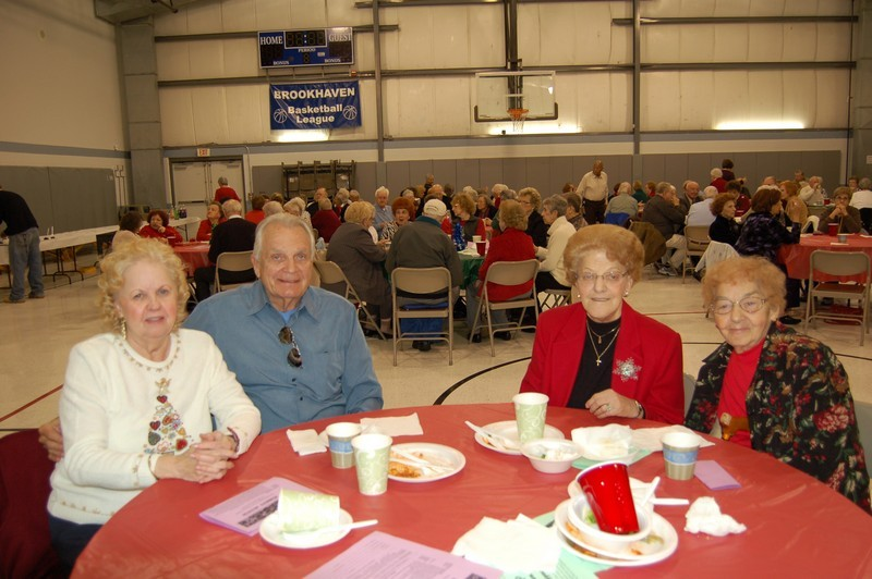 Senior Luncheon 2011 019