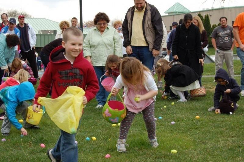 Easter Egg Hunt 013