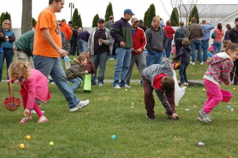 Easter Egg Hunt 014