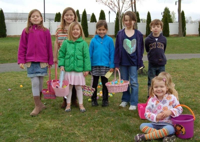 Easter Egg Hunt 029